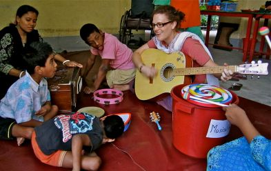 Australian_volunteer_Kylie_Hinde_worked_with_the_Centre_for_disability_in_Development_in_Bangladesh,_2011._Photo-_Kylie_Hinde_-_AusAID_(10675736806).jpg